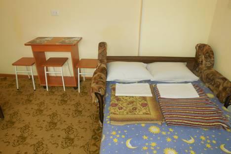 Сдается комната посуточно в Ейске, улица Кропоткина, 37.