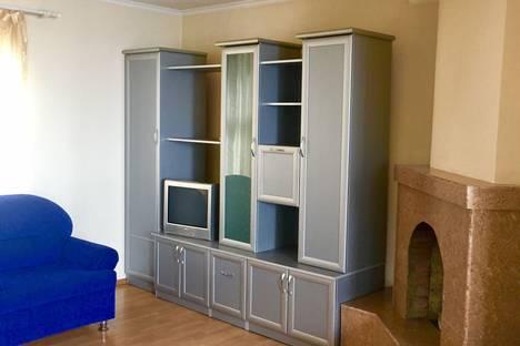Сдается 1-комнатная квартира посуточнов Гаспре, Ливадия, Курпаты, Алупкинское шоссе, 12Б.