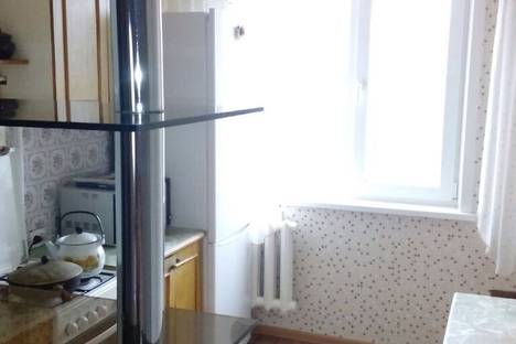Сдается 3-комнатная квартира посуточно в Яровом, Квартал в ,8.