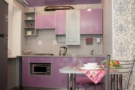 Сдается 1-комнатная квартира посуточнов Дзержинске, ул. Грибоедова, 1.
