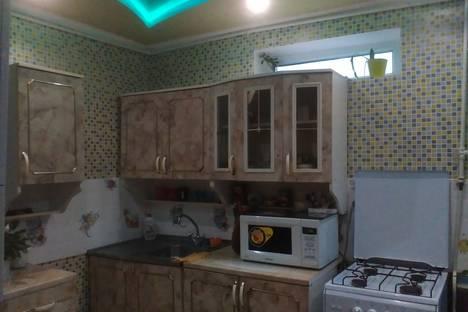 Сдается 2-комнатная квартира посуточно в Евпатории, 31 Пионерская улица.