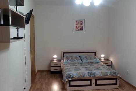 Сдается 1-комнатная квартира посуточно в Санкт-Петербурге, Кудрово, Европейский проспект, 13 корп 1.