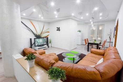 Сдается 4-комнатная квартира посуточнов Минске, улица Кирова 1.