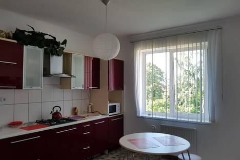 Сдается 2-комнатная квартира посуточно в Зеленоградске, улица Садовая 10а.