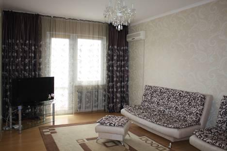 Сдается 2-комнатная квартира посуточно в Атырау, улица Сатпаева.