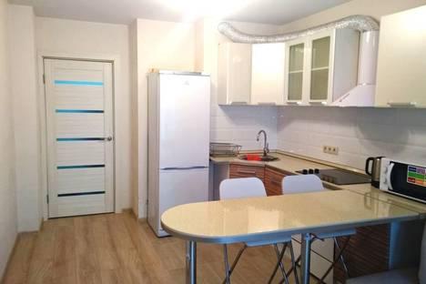 Сдается 1-комнатная квартира посуточнов Лобне, улица Ленина, 23.