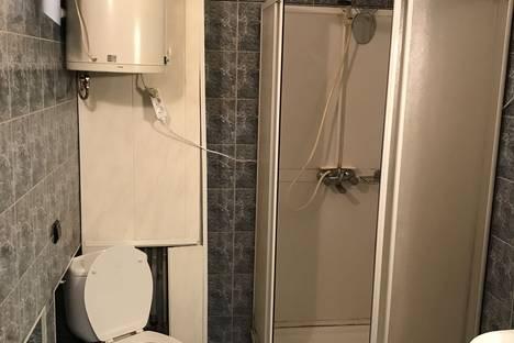 Сдается 3-комнатная квартира посуточнов Вольске, улица Братьев Захаровых, 154.