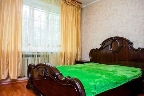 Сдается 2-комнатная квартира посуточно во Владивостоке, 1-я Морская улица, 8.