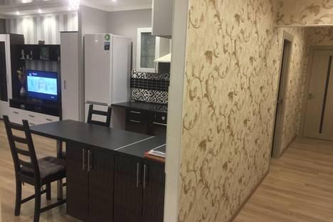 Сдается 3-комнатная квартира посуточнов Зеленограде, Международная ул., 18.