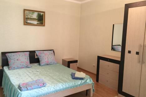 Сдается 2-комнатная квартира посуточно в Казани, Чистопольская улица, 84.