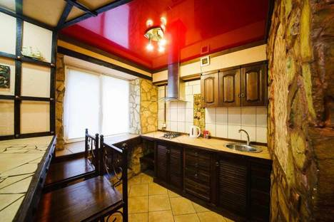 Сдается 2-комнатная квартира посуточно в Саратове, 2 Садовая 11.