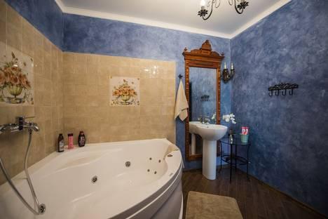Сдается 1-комнатная квартира посуточнов Волжском Утёсе, Приморский бульвар, 57.