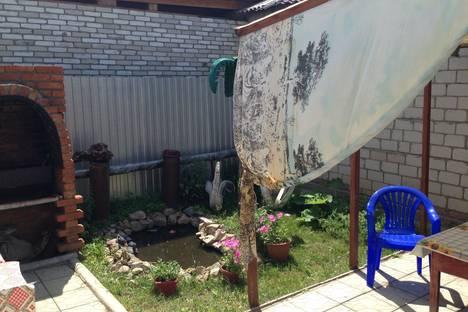 Сдается 1-комнатная квартира посуточно в Яровом, улица 40 Лет Октября.