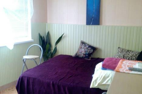 Сдается 1-комнатная квартира посуточно в Гурзуфе, ул. Свободы, 10.
