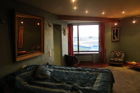 Сдается 1-комнатная квартира посуточнов Санкт-Петербурге, Капитанская ул. 5.