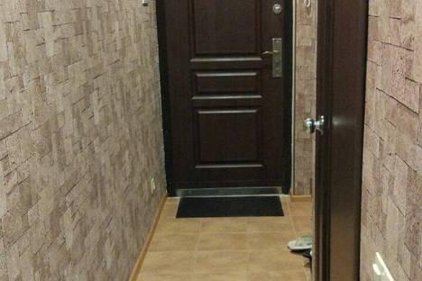 Сдается 1-комнатная квартира посуточно в Сочи, ул. Волжская, 36.