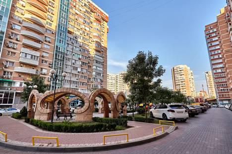 Сдается 2-комнатная квартира посуточно в Краснодаре, улица Дальняя, 39/2.