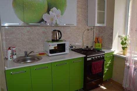 Сдается 1-комнатная квартира посуточно в Белгороде, улица Губкина, 15.