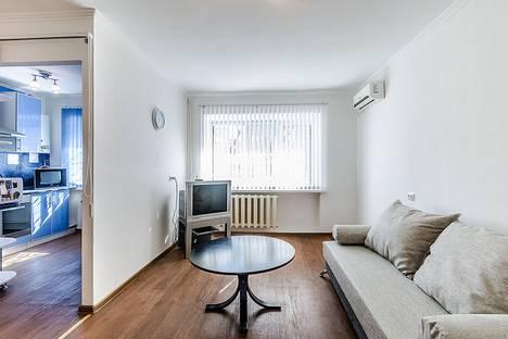 Сдается 1-комнатная квартира посуточно в Самаре, Аксаковская улица, 169.