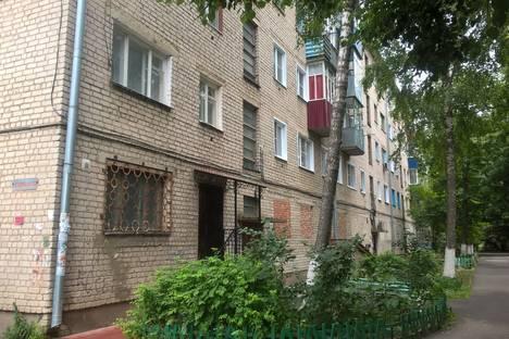 Сдается 1-комнатная квартира посуточно в Ельце, ул. Коммунаров, 89.