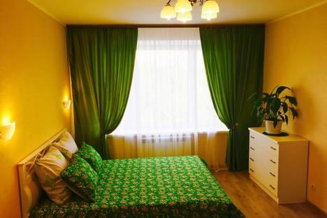 Сдается 1-комнатная квартира посуточнов Дмитрове, Школьная улица, 10.