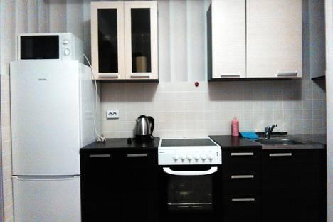 Сдается 1-комнатная квартира посуточно, ул. П. Сухова 2а.
