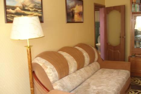 Сдается 3-комнатная квартира посуточно в Партените, городской округ Алушта, посёФрунзенское шоссе, 18.