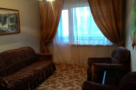 Сдается 2-комнатная квартира посуточно в Новополоцке, Молодежная улица 136.