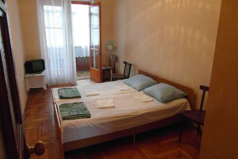 Сдается 3-комнатная квартира посуточно в Пицунде, Агрба 11/1.