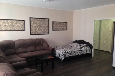 Сдается 1-комнатная квартира посуточно в Абакане, улица Крылова 85.