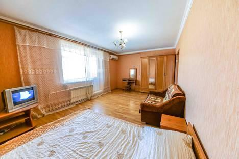 Сдается 1-комнатная квартира посуточнов Витязеве, улица Шевченко, 251.