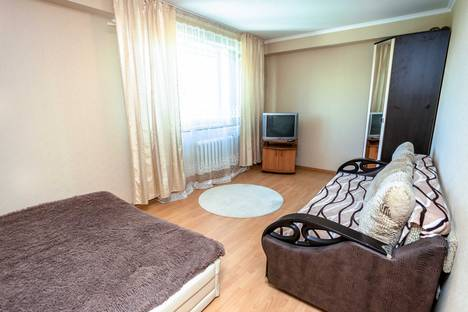 Сдается 2-комнатная квартира посуточно в Тюмени, Харьковская улица, 59/5.