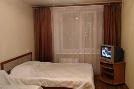 Сдается 1-комнатная квартира посуточно в Томске, переулок Нахимова, 14/1.