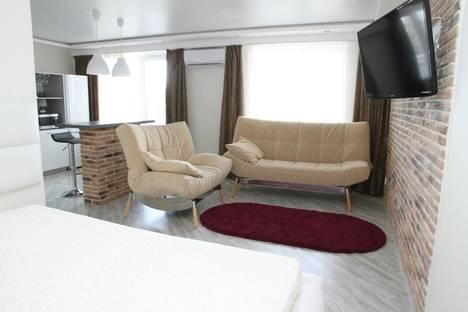 Сдается 1-комнатная квартира посуточно в Набережных Челнах, улица Раиса Беляева, 76.