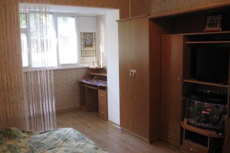 Сдается 2-комнатная квартира посуточнов Малом маяке, 9 ул. Партенитская.