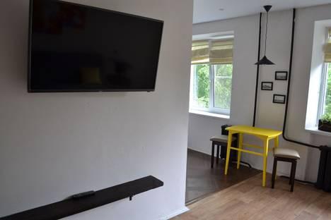 Сдается 1-комнатная квартира посуточнов Великом Новгороде, Десятинная улица 33/8.
