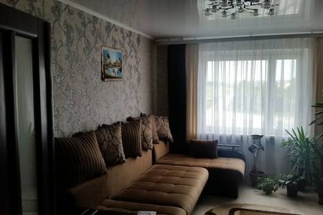 Сдается 2-комнатная квартира посуточно, улица Карбышева 67.