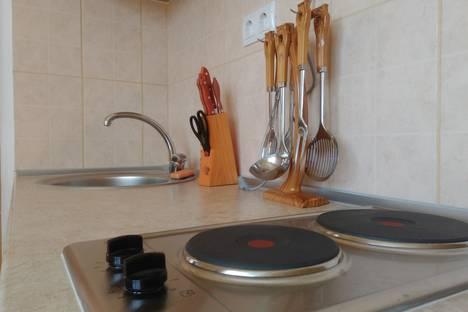 Сдается 3-комнатная квартира посуточнов Мирном, Крым,ул. Новая, 45.
