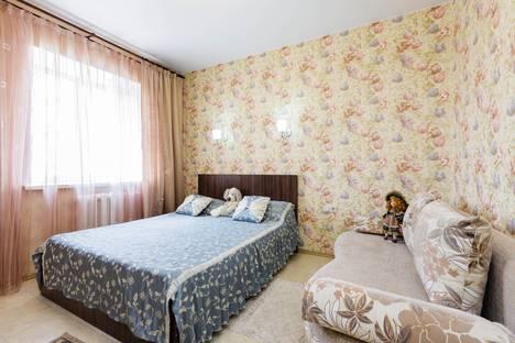 Сдается 3-комнатная квартира посуточнов Казани, улица Тази Гиззата, 15.