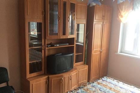 Сдается 3-комнатная квартира посуточнов Санкт-Петербурге, Парашютная улица, 18.