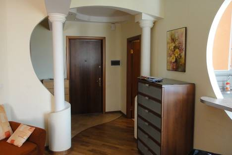 Сдается 2-комнатная квартира посуточнов Солнечногорске, Панфиловский проспект к. 1011.