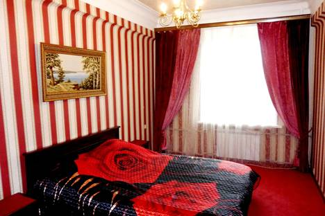 Сдается 2-комнатная квартира посуточно в Дзержинске, Нижегородская обл., пр.т Ленина, 47.