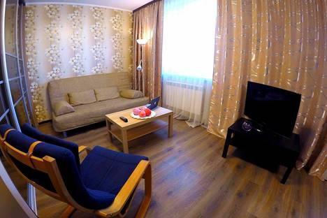 Сдается 2-комнатная квартира посуточнов Железнодорожном, Автозаводская улица, 3.