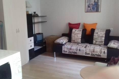 Сдается 1-комнатная квартира посуточно в Сочи, улица Крымская 79.