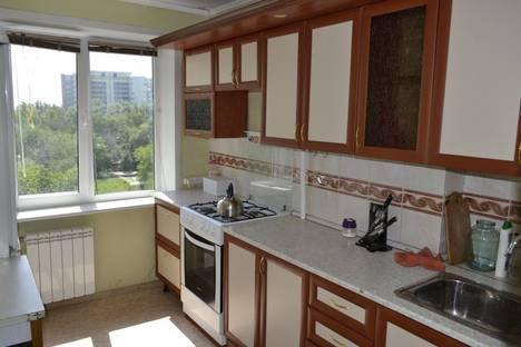 Сдается 2-комнатная квартира посуточно в Самаре, улица Ташкентская 188.
