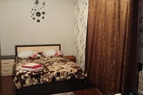 Сдается 1-комнатная квартира посуточно в Глазове, ул. Короленко, 24а.