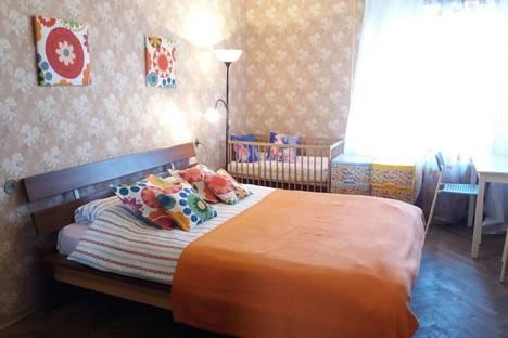Сдается 2-комнатная квартира посуточнов Ломоносове, Новосмоленская набережная, 1.