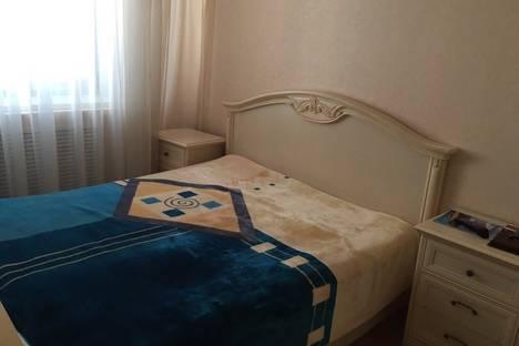 Сдается 2-комнатная квартира посуточно в Новом Уренгое, Молодежная улица, 21.