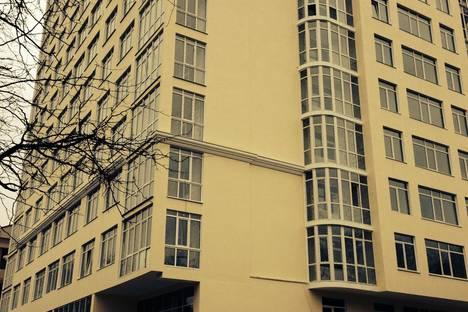 Сдается 2-комнатная квартира посуточно в Севастополе, 5 улица Сенявина.