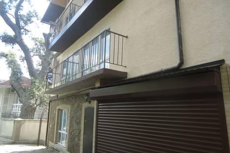 Сдается 1-комнатная квартира посуточно в Алупке, Крым,Приморская улица дом 2 N-1.